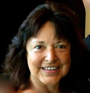 Mary Dikon, Honolulu, USA